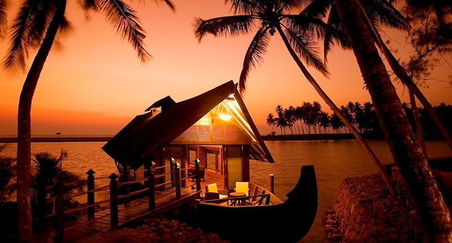 Floating Hut or Houseboat Stay